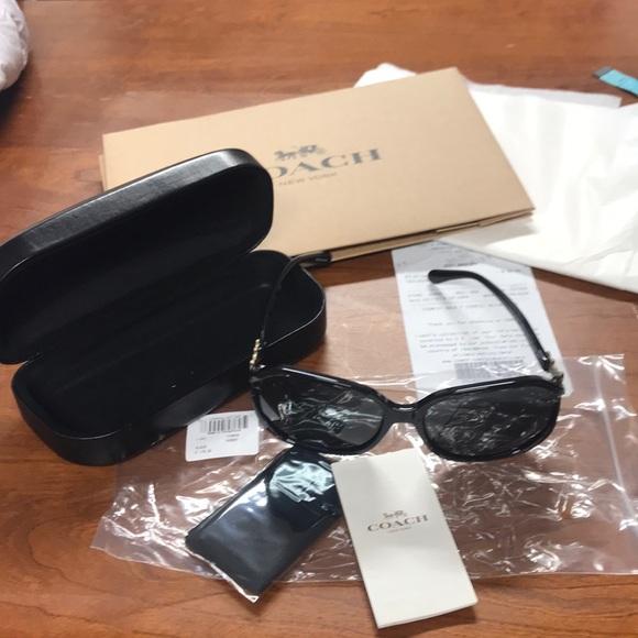4cee95ae39e New Coach wild flower square black sunglasses